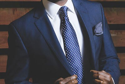how-to-buy-your-first-suit-navy