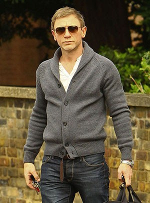 Daniel Craig grey shawl collar cardigan sweater