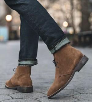 Men's suede chukka boots