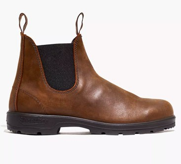 Brown leather Blundstone Chelsea boots