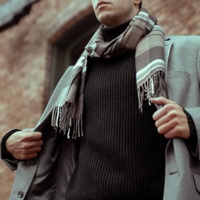 Man wearing wool scarf