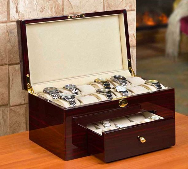 Nathan Direct watch box for men